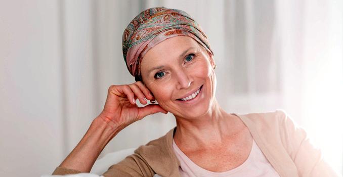 Consejos para cuidar el pelo durante un tratamiento oncológico